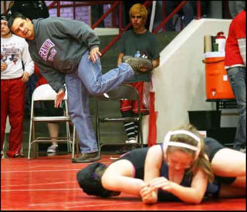 Wrestle-lo